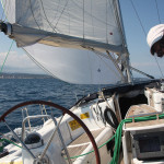 Arestui sailing under asymmetric spinnaker in Golf de Roses, Costa Brava. Foto: Christian Gerloff.